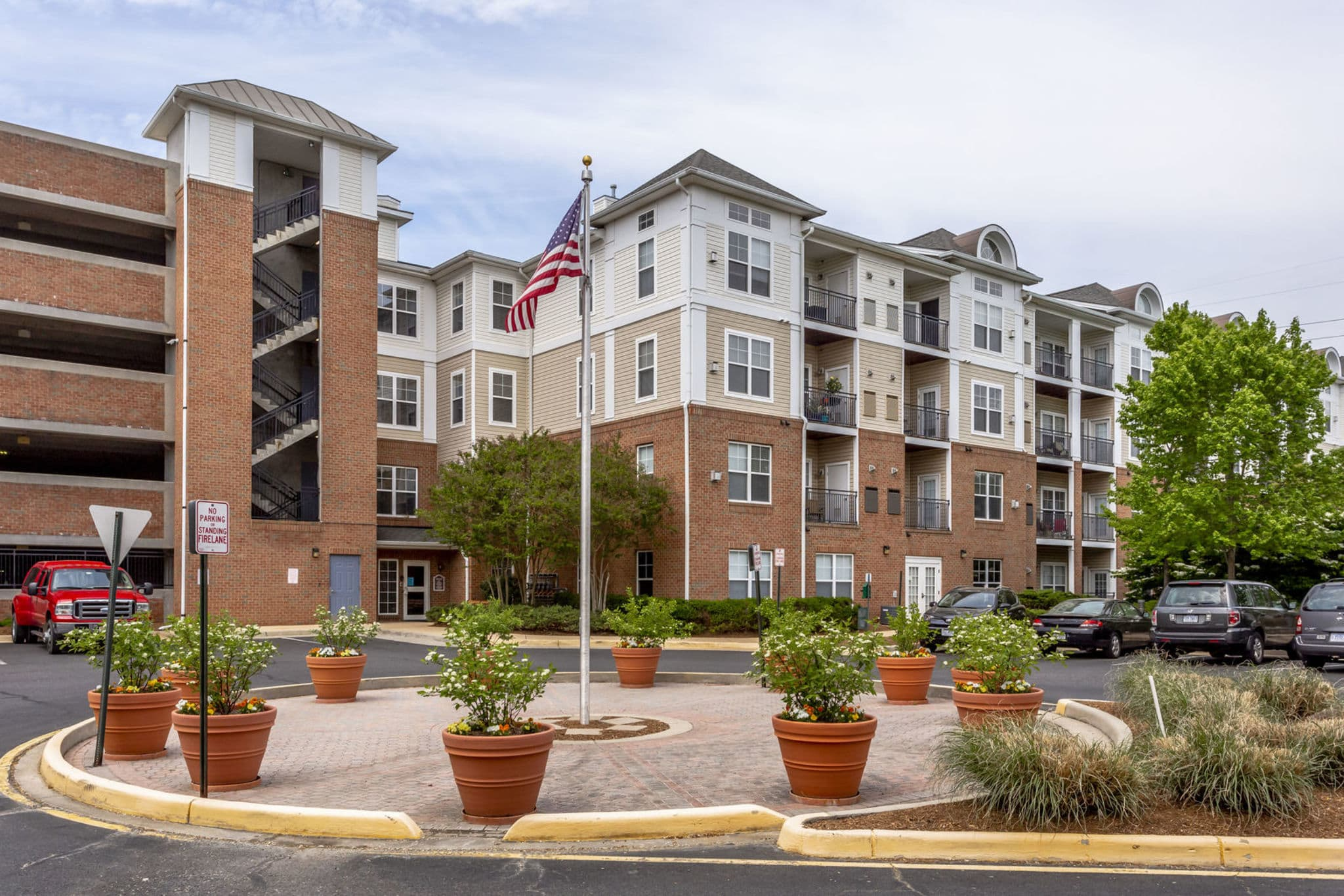 Condo that is for sale in Chantilly Virginia
